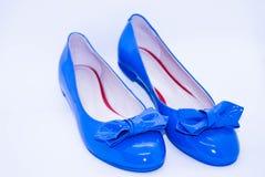 Blaue flache Ballett-Schuhe stockbilder