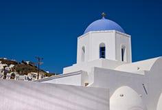 Blaue gewölbte Kirche Stockbild