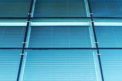 Blaue Glaswand. Lizenzfreie Stockfotografie