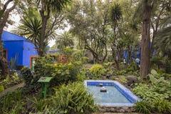Blaue Haus-La-Casa Azul weihte Frida Kahlo ein Stockfotos
