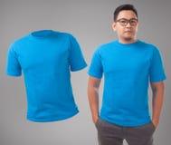 Blaue Hemd-Entwurfs-Schablone lizenzfreies stockfoto