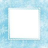 Blaue Karte für Einladung mit Bogen und Farbbändern Stockbild