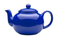 Blaue keramische Teekanne (Beschneidungspfad) Lizenzfreie Stockfotos