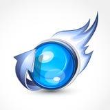 Blaue Kugel mit Flammen Stockfotografie