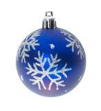 Blaue Kugel mit Schneeflocken Stockbilder