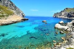 Blaue Lagune an der Küste von Mallorca Lizenzfreies Stockbild