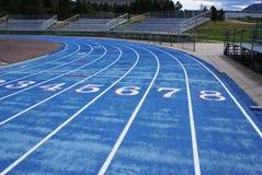 Blaue laufende Spur Stockfotografie