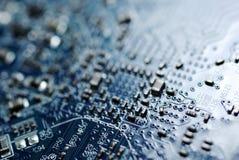 Blaue Leiterplatte. stockbilder