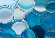 Blaue Luftblasen Stockfoto