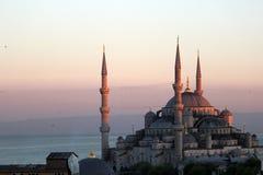 Blaue Moschee an der Dämmerung Lizenzfreies Stockfoto