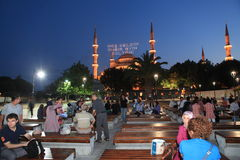 Blaue Moschee in Ramadan Lizenzfreie Stockfotos