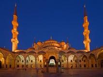 Blaue Moschee am Sonnenuntergang Stockfotos