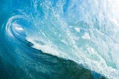 Blaue Ozean-Welle lizenzfreies stockbild