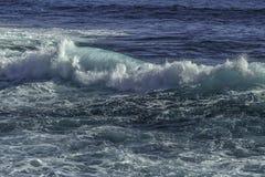 Blaue Ozean-Welle stockbilder