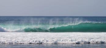 Blaue Ozean-Wellen Stockfotos