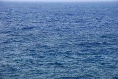 Blaue Ozeanwellen arund La Palma Insel, Kanarienvogel Stockfoto