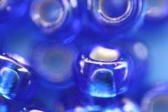 Blaue Perlen Stockbild