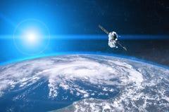 Blaue Planeten-Erde Raumfahrzeug-Produkteinführung in Raum stockfotografie