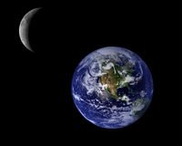 Blaue Planeten-Erde und Halbmond Stockfoto