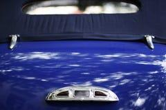 Blaue Retro- Haube Stockfotos