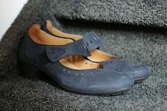 Blaue Schuhe Stockfoto