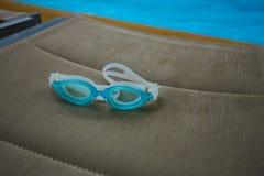 Blaue Schwimmen-Schutzbrillen Lizenzfreie Stockfotografie