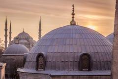 Blaue Sonnenuntergang-Ansicht Moscheen-Istanbuls die Türkei Lizenzfreie Stockfotos