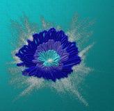Blaue stilisierte Blume lizenzfreie stockbilder
