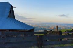Blaue Stunde an der natürlichen Bereichs-Konserve Columbia Hills und am Nationalpark Lizenzfreie Stockbilder