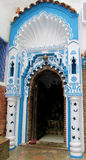 Blaue Tür in Chefchaouen Stockfotos