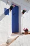 Blaue Tür in Frigiliana Lizenzfreie Stockfotografie