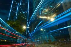 Blaue Ton-Stadt-Nacht in der Zentrale, Hong Kong Stockfotos