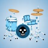 Blaue Trommelausrüstung mit einem Schädel Stockfotos