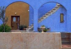 Blaue und braune Wand Stockfotografie