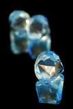 Blaue und weiße Diamanten Stockfotografie