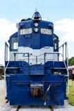 Blaue und weiße Lokomotive Lizenzfreie Stockfotografie