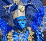 Blaue venetianische Verkleidung Stockbilder