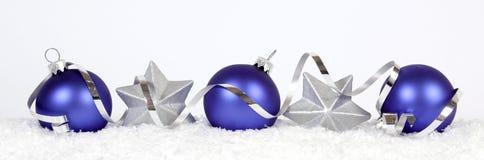 Blaue Weihnachtsbälle Lizenzfreies Stockfoto