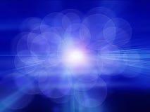 Blauer abstrakter Hintergrund mit weißem Scheinwerferlicht Lizenzfreies Stockbild
