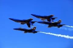 Blauer Angel Airshow an den Rotkehlchen AFB Lizenzfreies Stockfoto