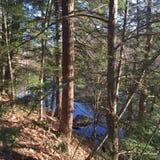 Blauer, blauer Fluss Lizenzfreies Stockfoto