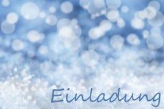Blauer Bokeh-Weihnachtshintergrund, Schnee, Einladung bedeutet Einladung Lizenzfreie Stockfotos
