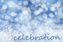 Blauer Bokeh-Weihnachtshintergrund, Schnee, Text-Feier Stockbild