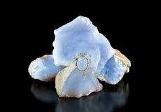 Blauer Chalcedony Ring And Rough Lizenzfreies Stockfoto