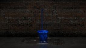 Blauer Eimer mit Reinigungsmop Lizenzfreie Stockbilder