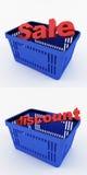 Blauer Einkaufskorb mit Rabatten Lizenzfreie Stockbilder