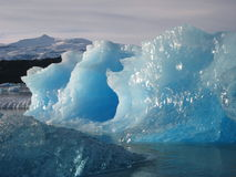 Blauer Eisberg Lizenzfreie Stockfotografie