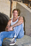 Blauer gemusterter Mann mit Tätowierungen Lizenzfreies Stockbild