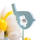 Blauer hölzerner Toy Bird mit Glocke Stockfotografie