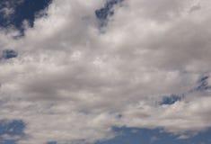 Blauer Himmel bewölkt sich über Nationalpark in Kalifornien- und Nevada-Himmel Vereinigter Staat von Amerika Stockbild